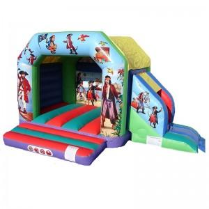 château gonflable maison des pirates
