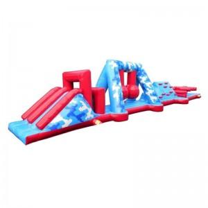 Parcours gonflable aquatique commando