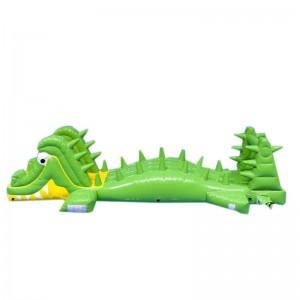 Parcours gonflable aquatique crocodile
